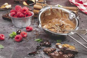Making-Chocolate-Cake-000051206364_Full